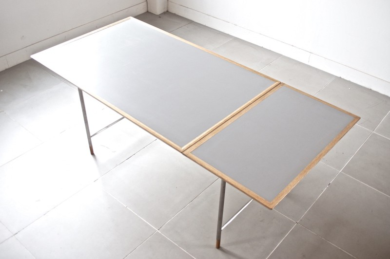 Veronica Dining table Model.25