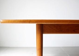 ハンス J ウェグナー 北欧家具