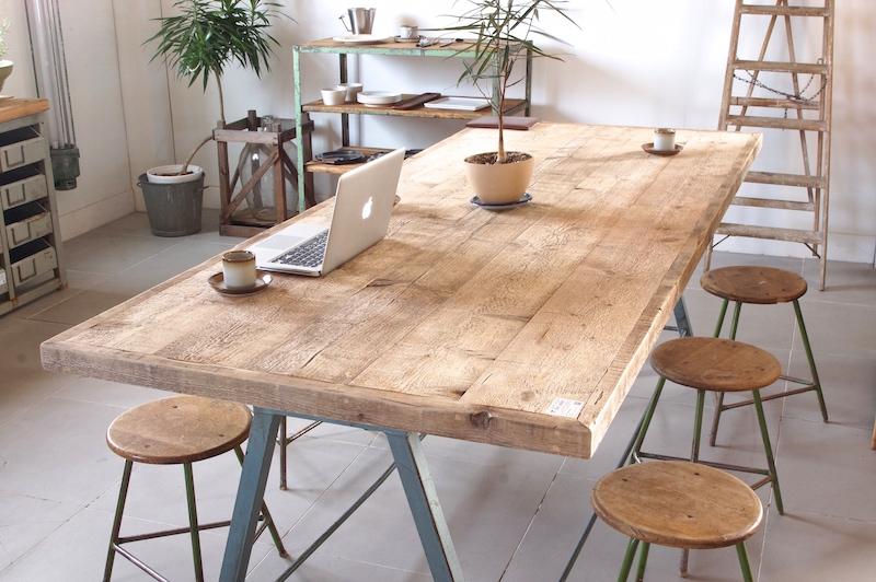 インダストリアル テーブル