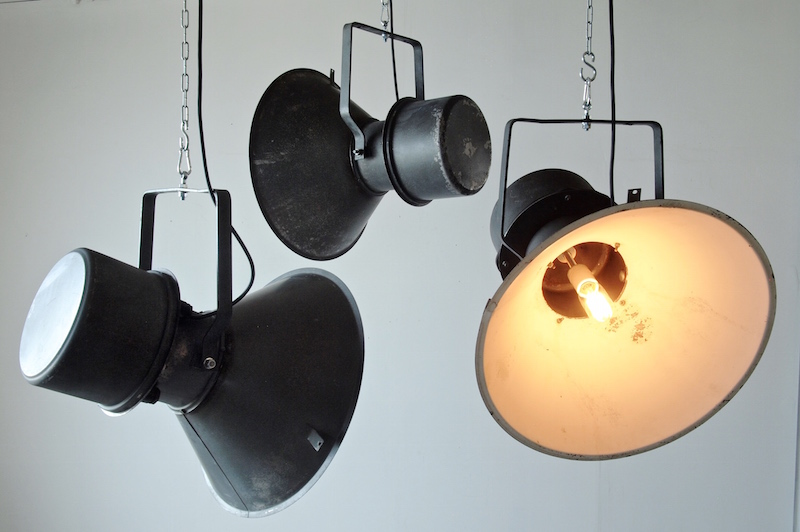Iron spotlight/インダストリアルランプ照明ライト
