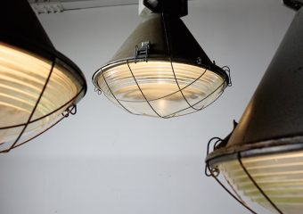 Industrial steel pendant lamp