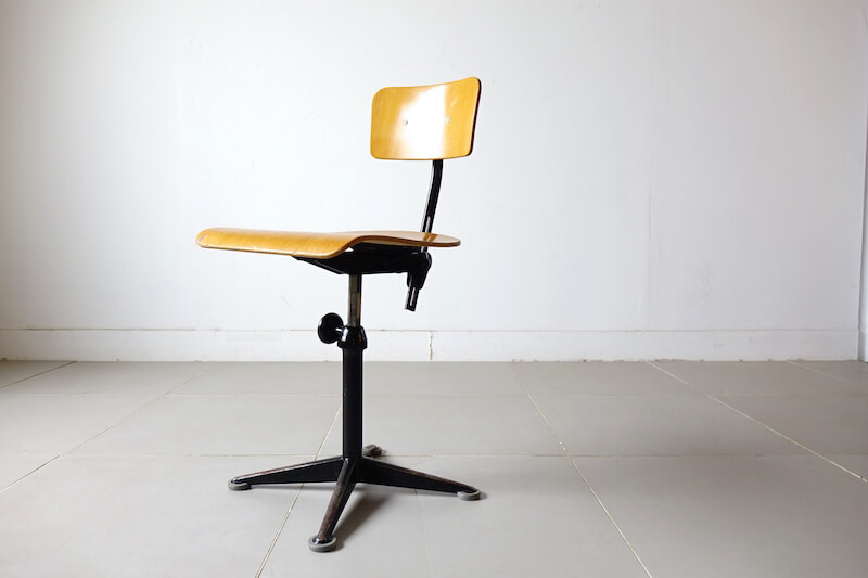 Drafting chair by Friso Kramer (black)
