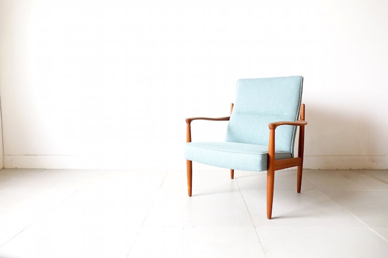 Eazy chair by Broderna Anderssons