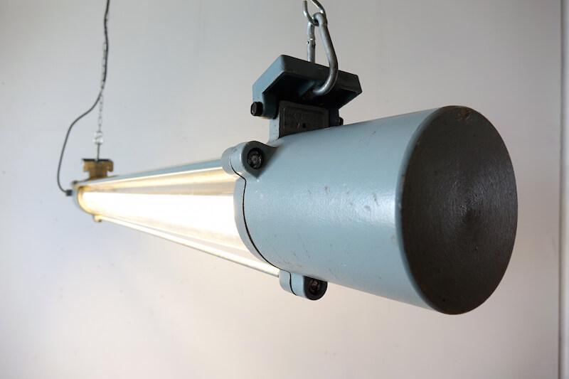 Grey colored tube lamp/インダストリアル照明ライト
