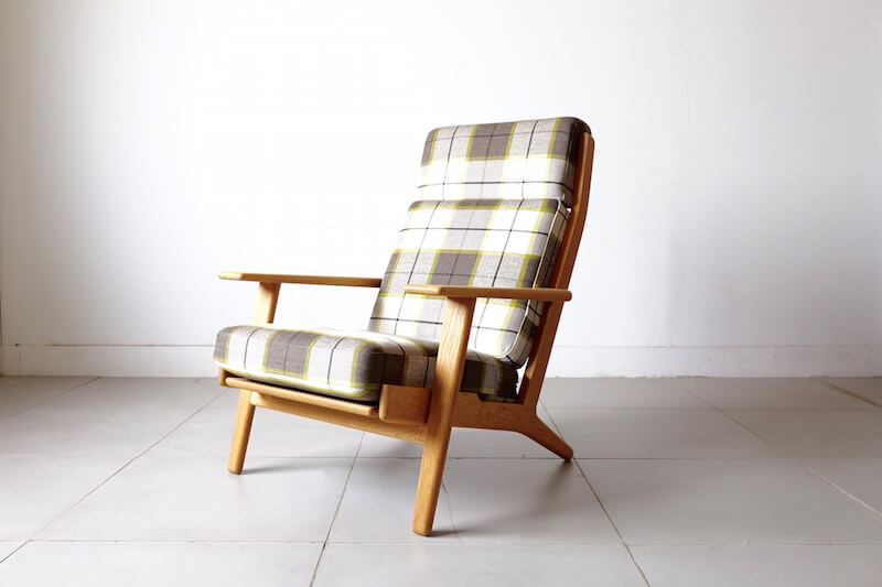 GE290A / oak by Hans J. Wegner