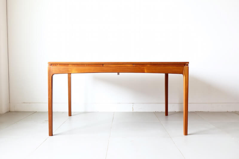 Anonymous dining table