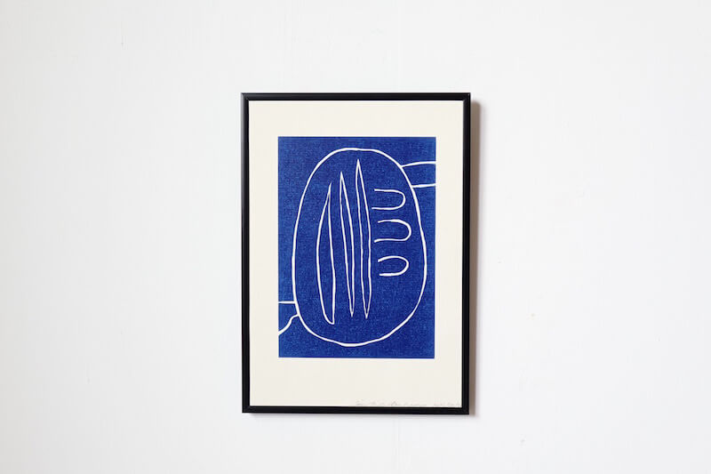 Blue symbol #2 by Leise Dich Abrahamsen