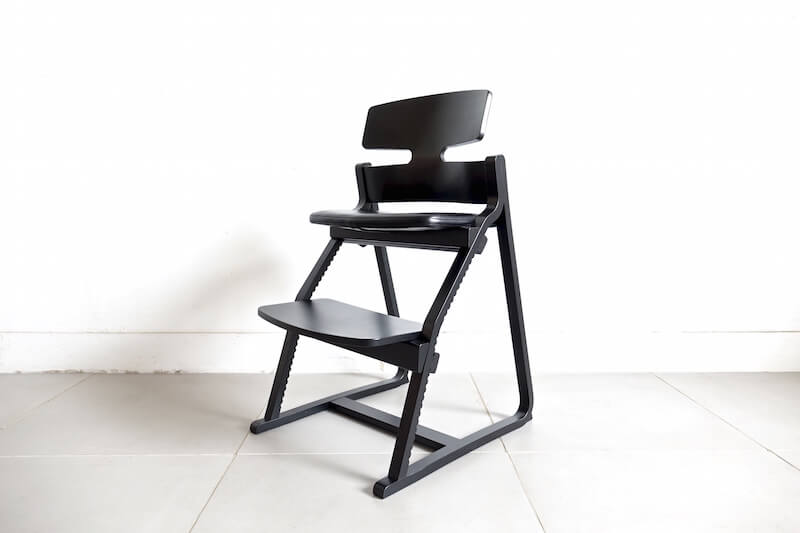 Upright Chair by Toyomoku /アップライトチェア