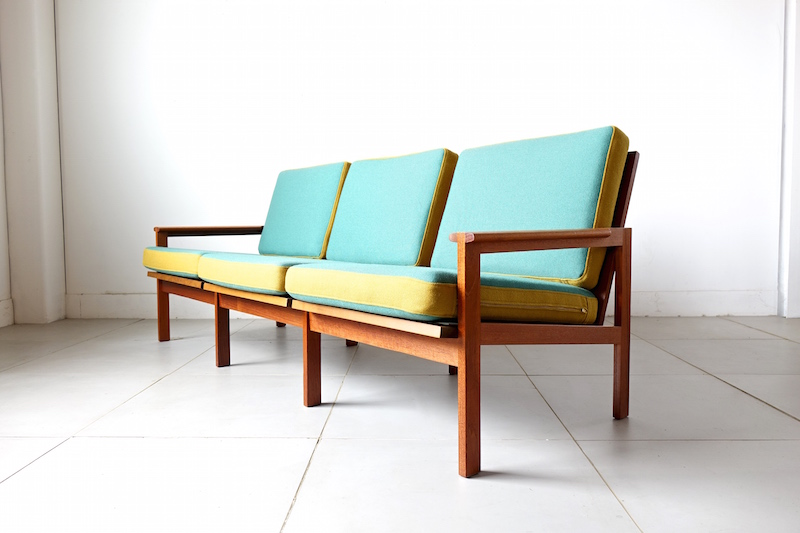 Sofa by Illum Wikkelso for Niels Eilersen