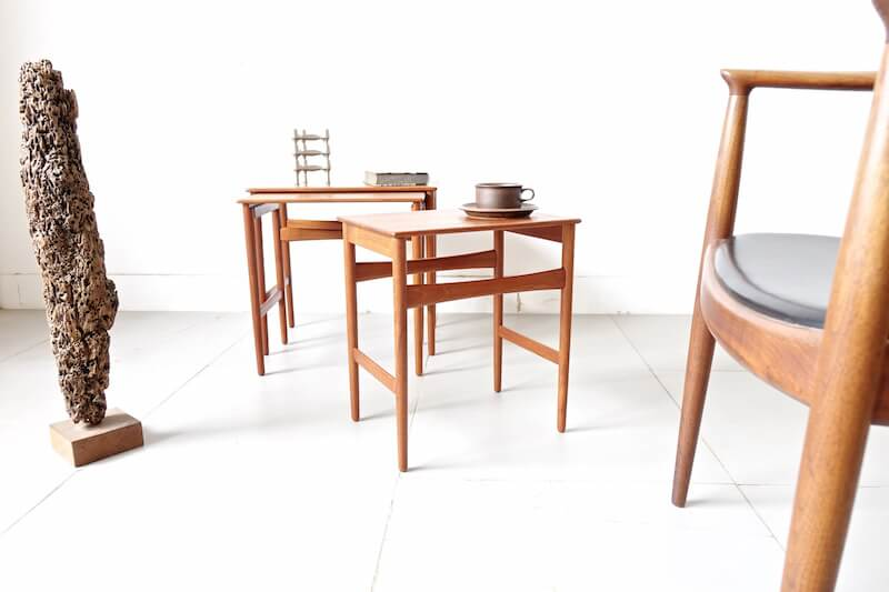 AT40 Nesting table (solid teak) by Hans J. Wegner