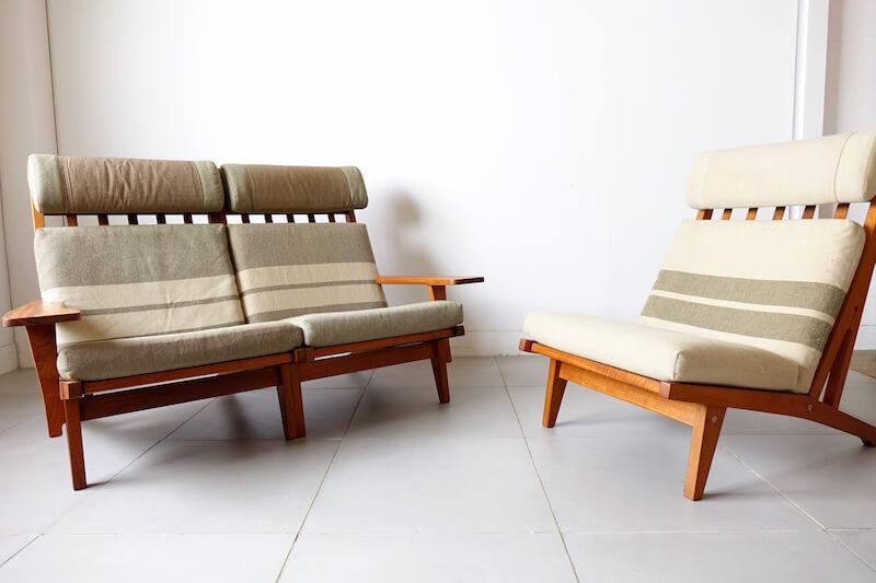 GE375 Sofa by Hans J. Wegner (teak)