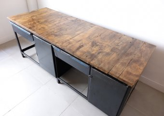Huge long shop counter /industrial