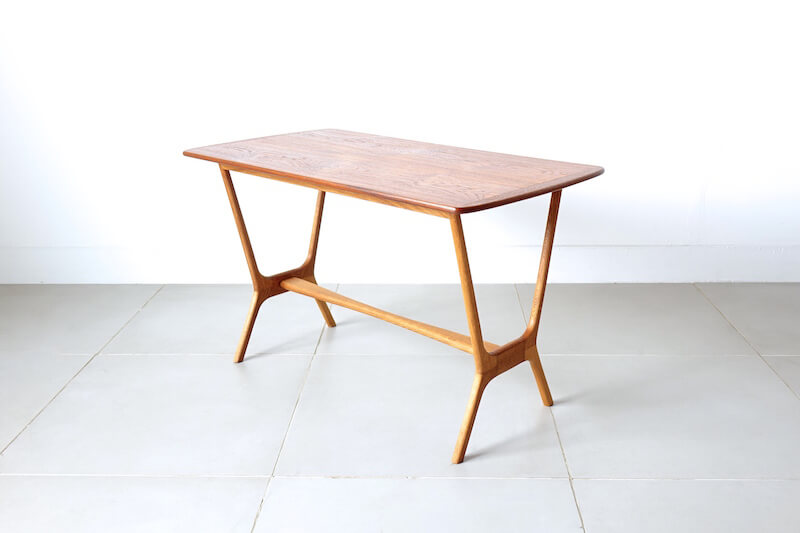Danish unsigned table 北欧ヴィンテージテーブル