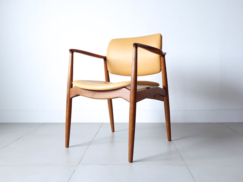 Model 67 armchair by Erik Buch for Orum