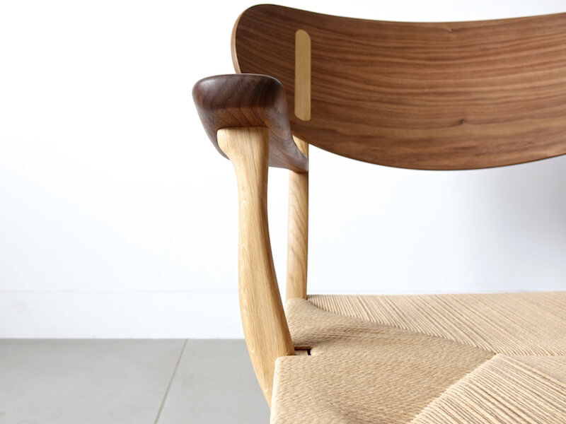 CH22 lounge chair by Hans J. Wegner
