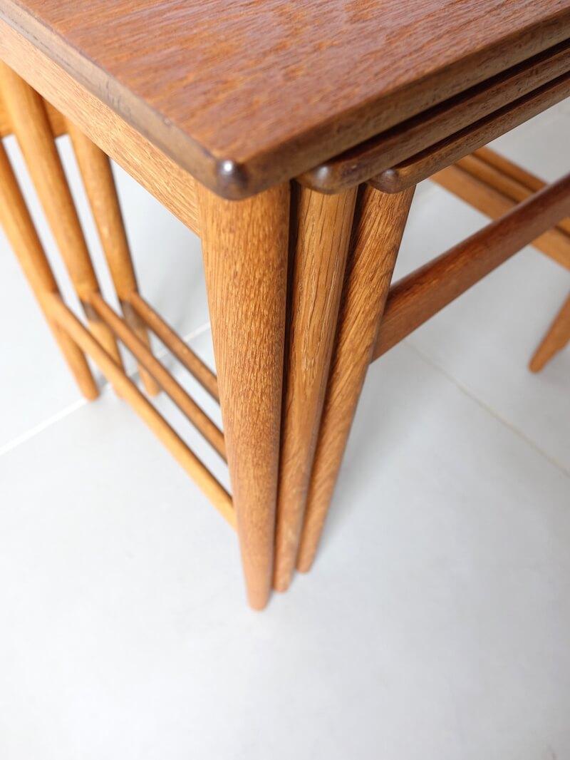 AT40 Nesting table by Hans J. Wegner in teak & oak