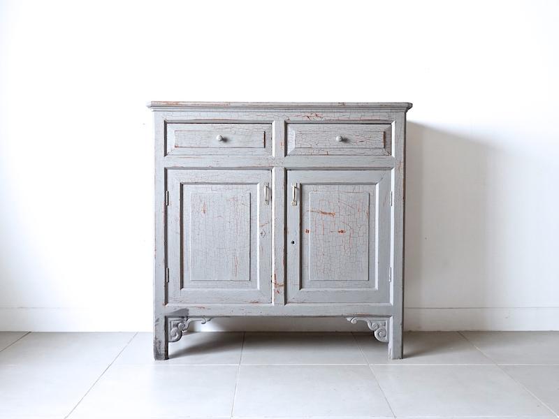 Shabby wood cabinet