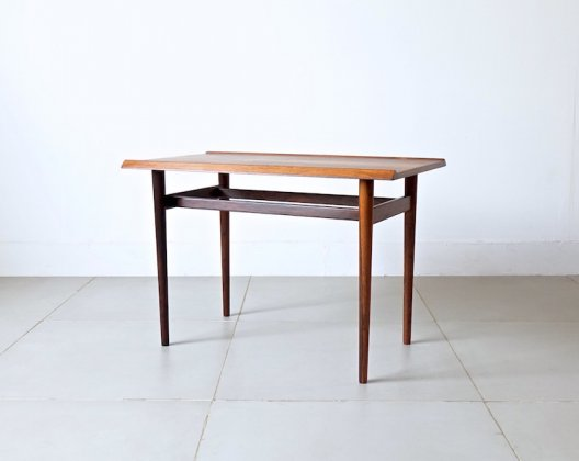 Side table in rosewood by Ib Kofod Larsen