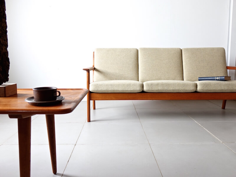 Sofa GE265 by Hans J. Wegner