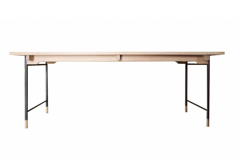 Veronica Model.40/Dining Table