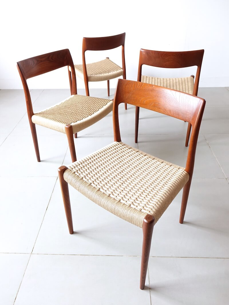 Dining chairs Model 77 by Niels O. Møller