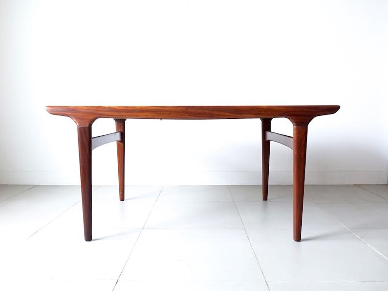 Dining table by Johannes Andersen for Uldum Mobelfabrik