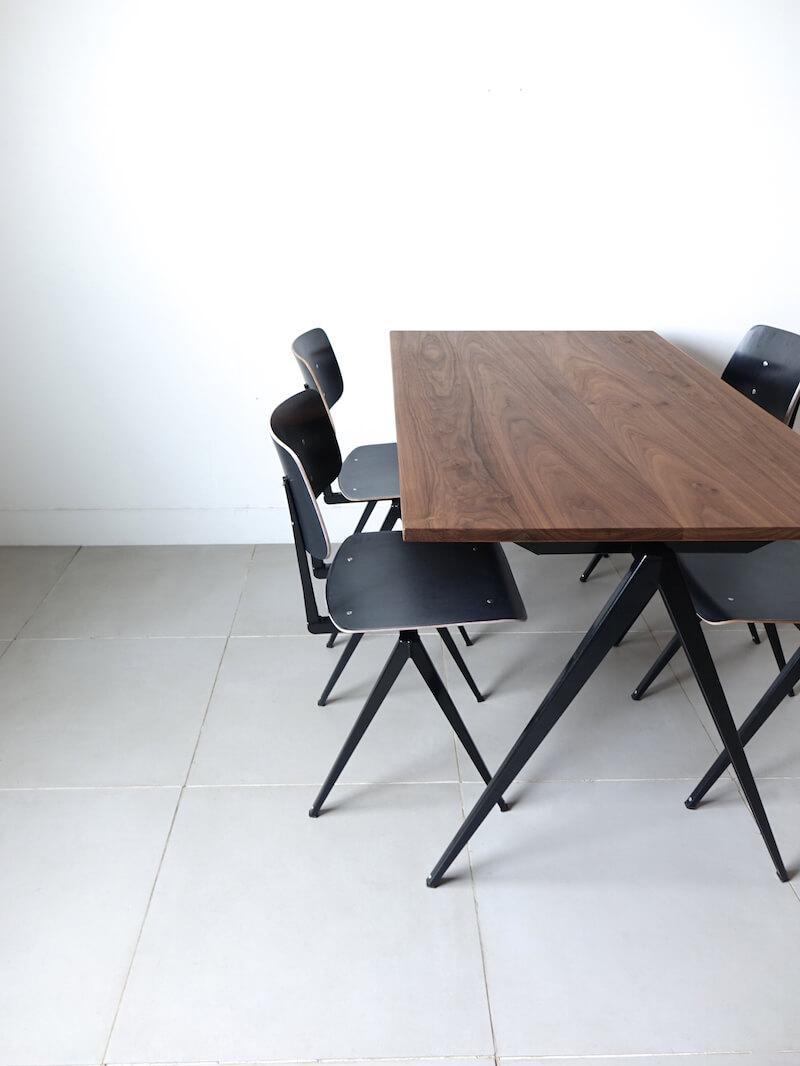 TD.4 Table / Black