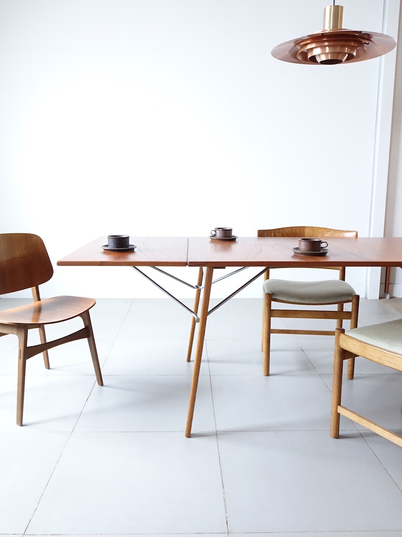 Dining table Model.162 by Borge Mogensen