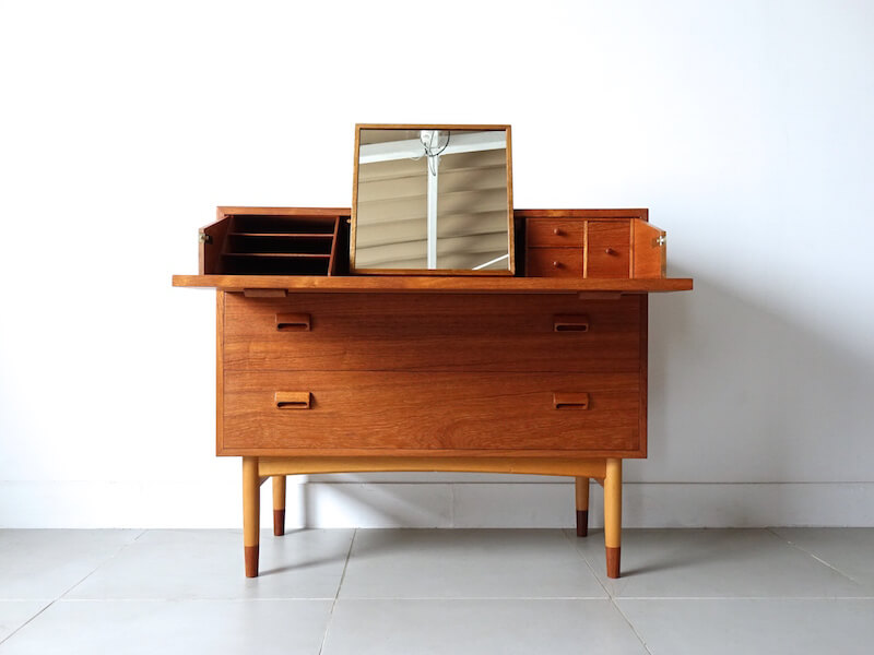 Chest dresser model.133 by Borge Mogensen for Soborg