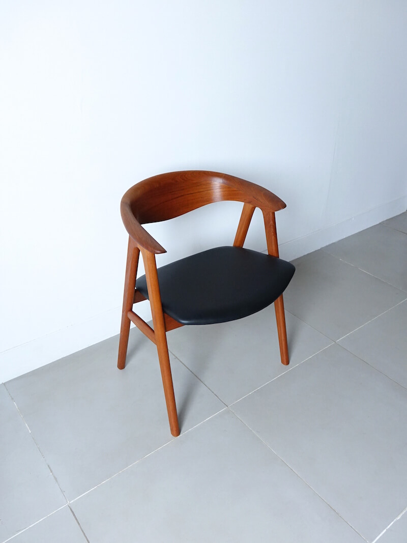 No.52 Arm chair by Erik Kirkegaard