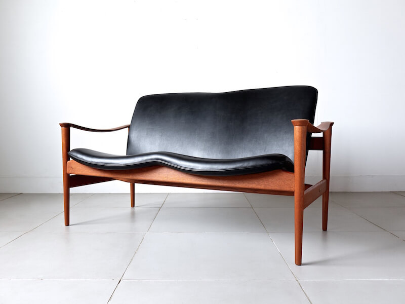 Model.711 sofa by Fredrik Kayser for Vatne Lenestolfabrikk