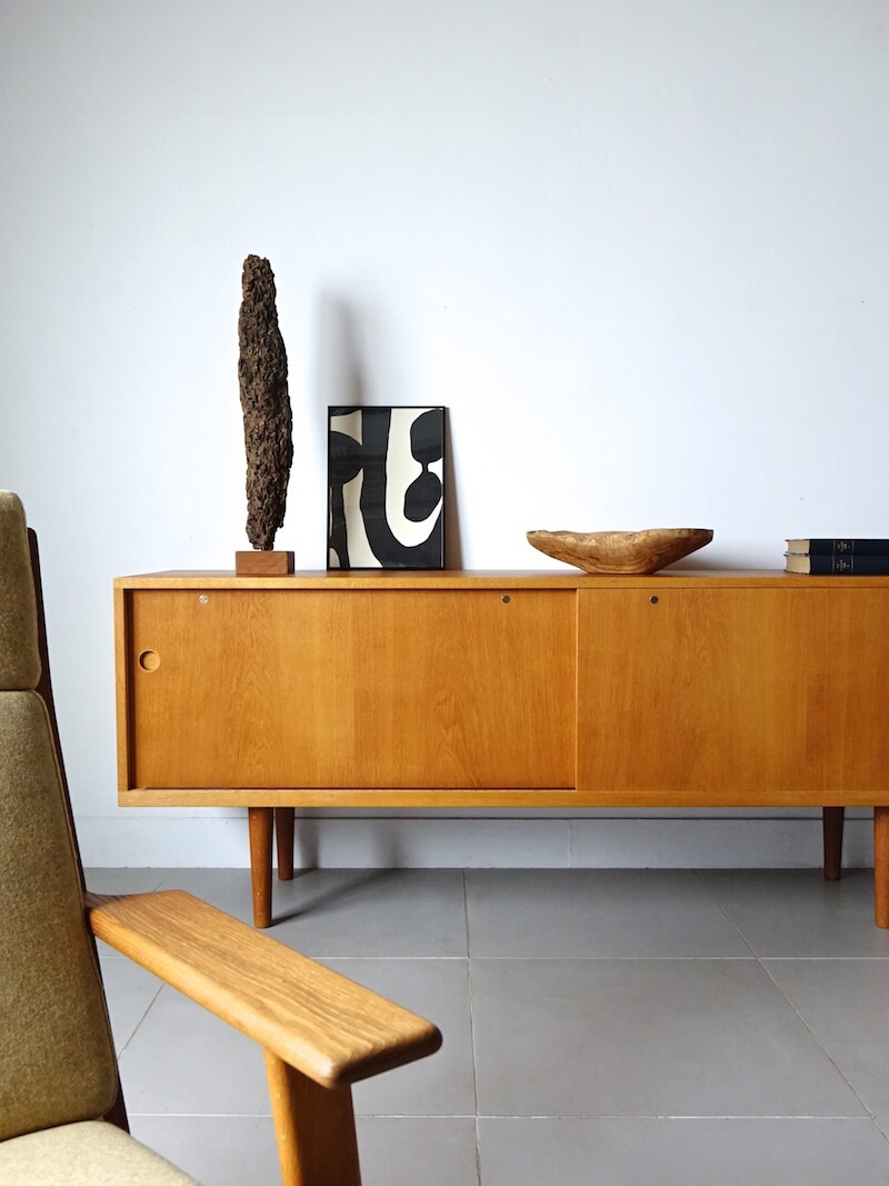 RY26 sideboard by Hans J. Wegner for RY Mobler (oak)