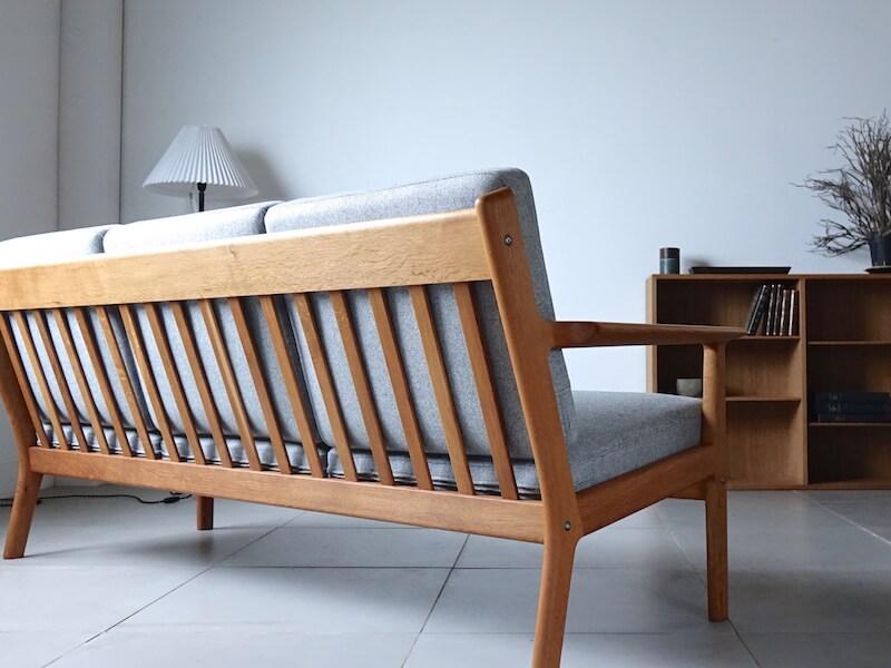 """Sofa """"GE265"""" by Hans J. Wegner for GETAMA"""