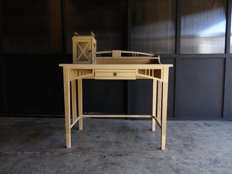 Unique vintage desk