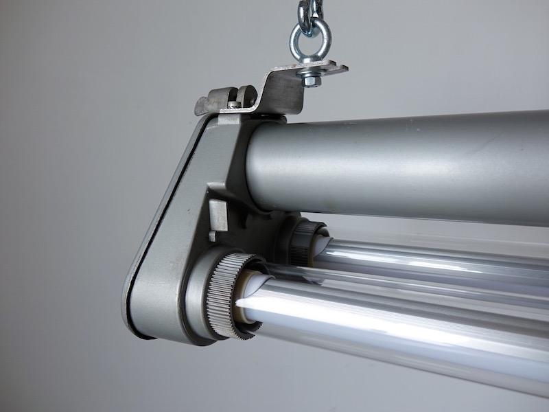 Long tube lamp