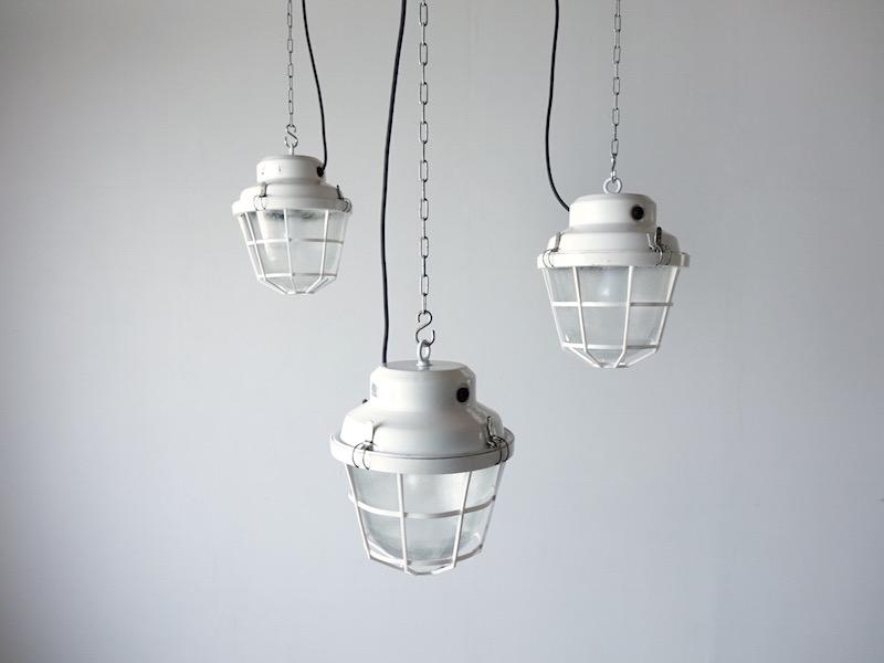 White deck lamp / ヴィンテージインダストリアルランプ