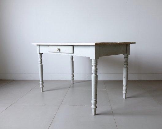 Antique gray desk / アンティークデスク