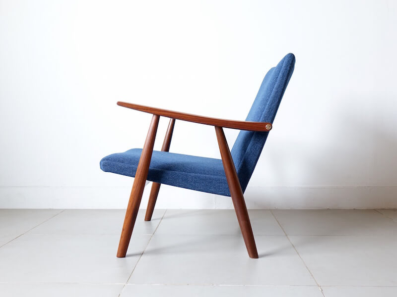 "Eazy chair ""GE260"" by Hans J. Wegner"