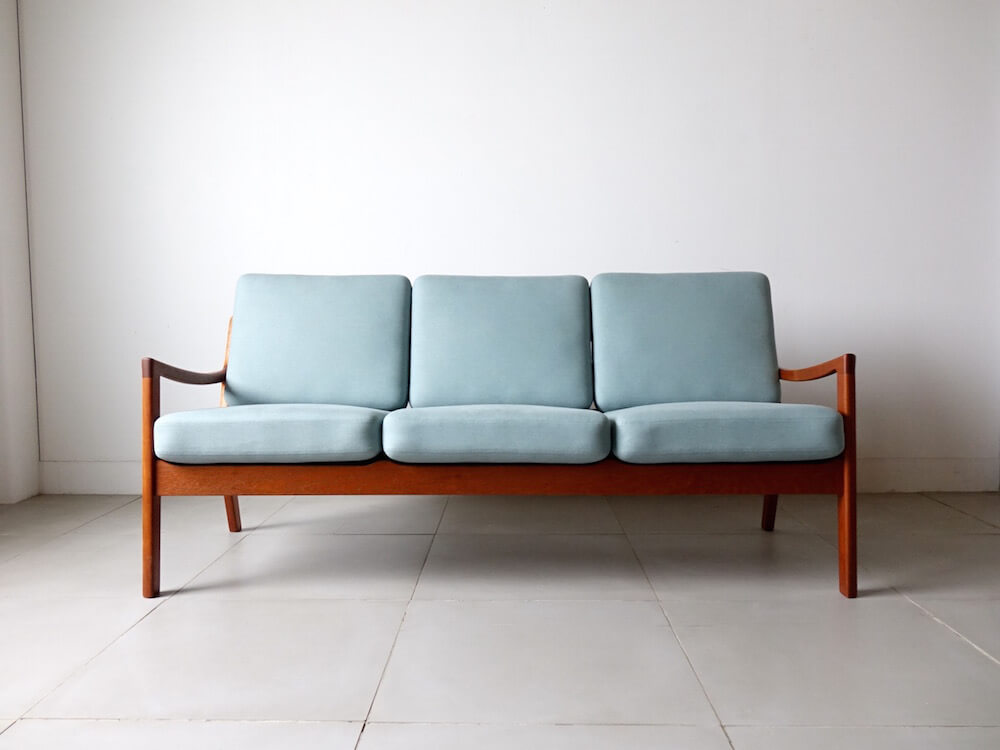 Model.169 Senator sofa by Ole Wancher for CADO
