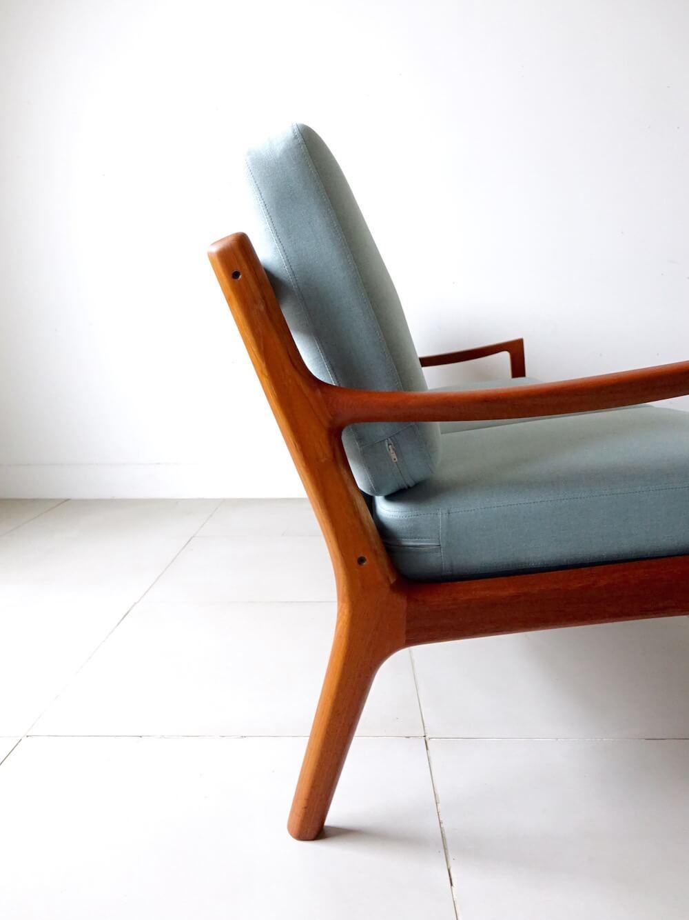 Model.169 Senator sofa by Ole Wancher for CADO