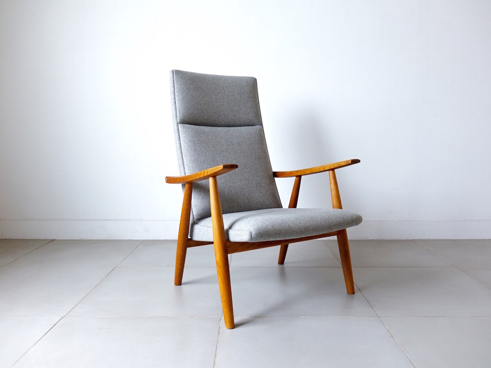 Highback chair GE260A by Hans J. Wegner for GETAMA
