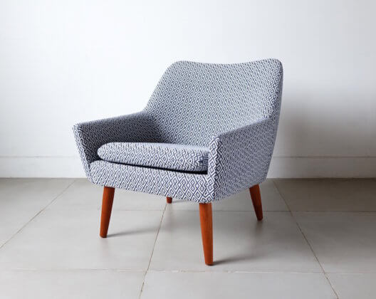 Anonymous vintage danish chair with GUELL LAMADRID
