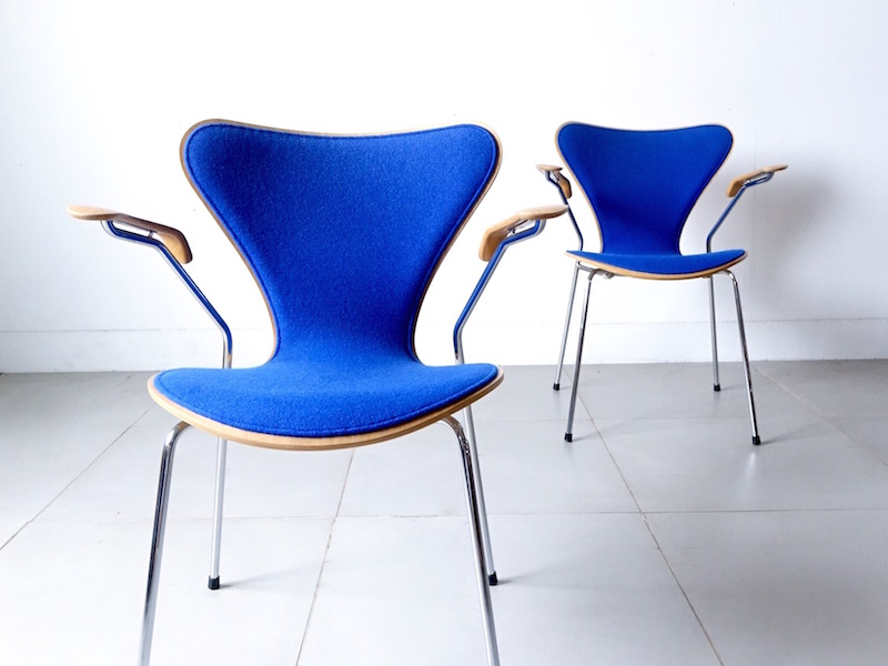"""Model.3207"" Seven Armchair by Arne Jacobsen for Fritz Hansen"