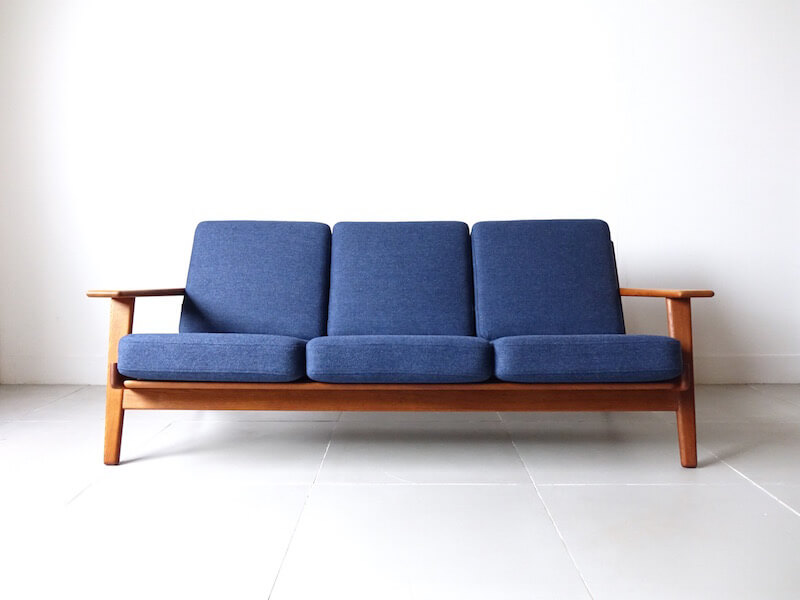Sofa GE290 by Hans J. Wegner for GETAMA