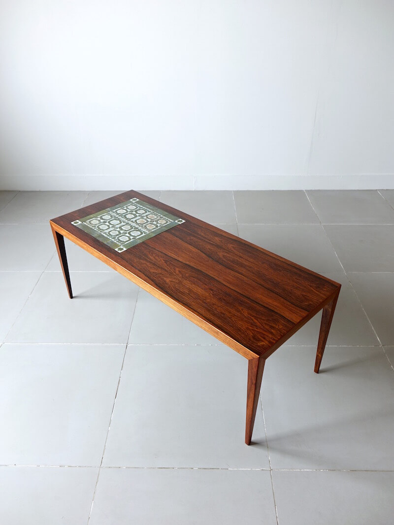 Tenera Coffee table by Haslev with Royal Copenhagen