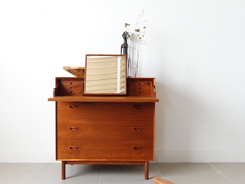 Dresser cabinet by Peter Hvidt & Orla Molgaard-Nielsen for Søborg