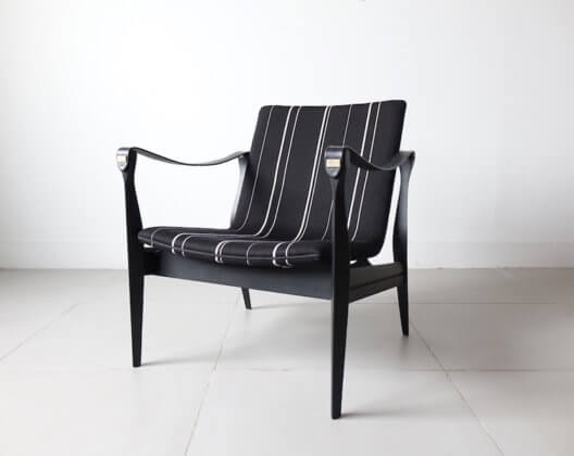 Model.4305 Black safari chair by Karen & Ebbe Clemmensen