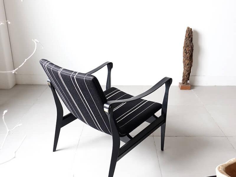 Model.4305 Black safari chair by Karen & Ebbe Clemmensen