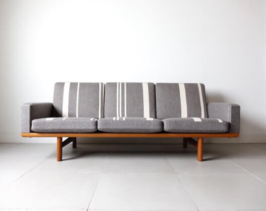 GE236 Sofa by Hans J. Wegner for Getama with Gabriel