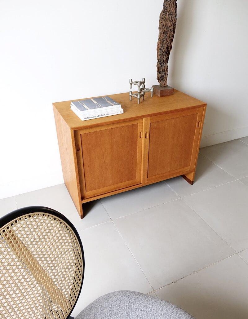 RY series Cabinet by Hans J. Wegner for RY Mobler